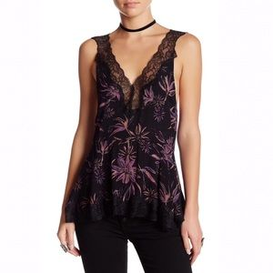 Free People / Bell Flower Double-V Tunic Black M